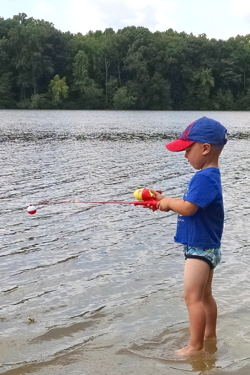 Kids First Time Fishing (Lums Pond)
